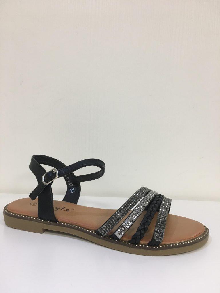 Zwart sandaaltje met steentjes