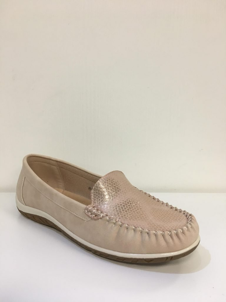 Champagne print loafer