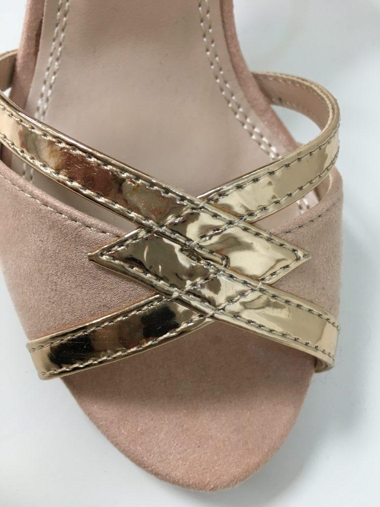 Roze zigzag schoentje