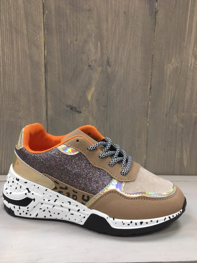 Glitter orange sneaker