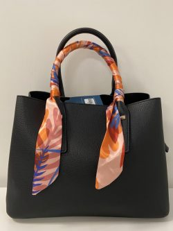 Zwart handtasje Color