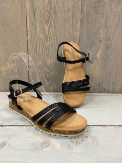 Sandaaltje zwart Ine