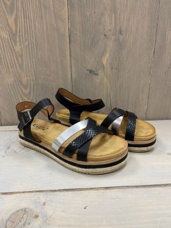 Sandaaltje Lisselot